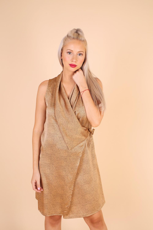שמלת ליליאן של דיקלה קדם מעצבת אופנת נשים